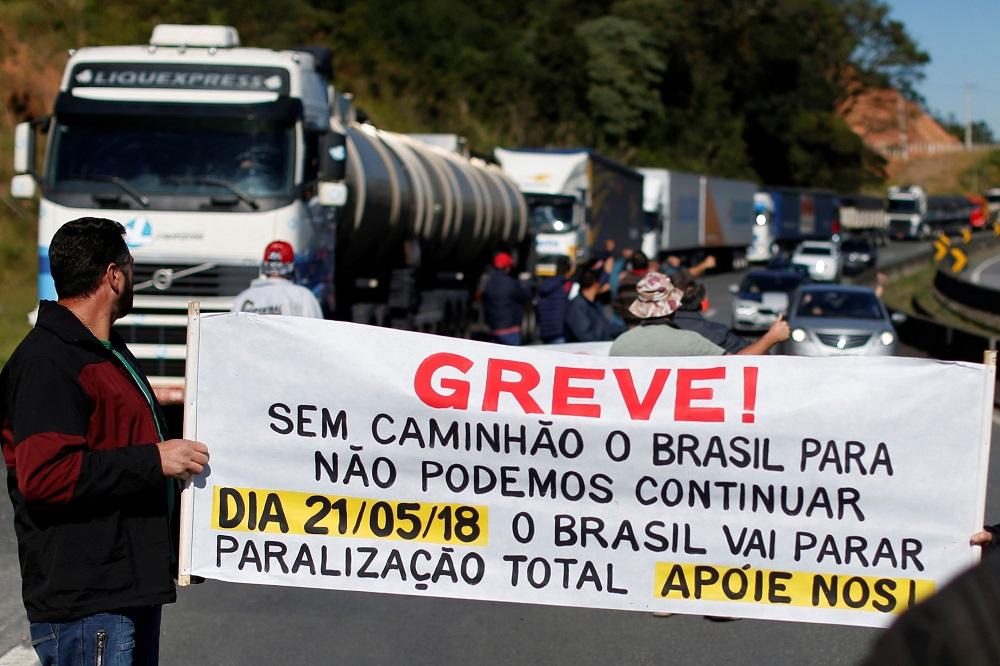 Greve dos Caminhoneiros e crise na Petrobras