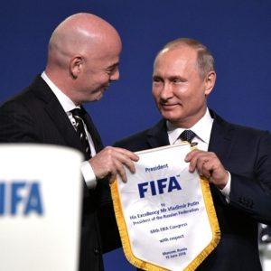 Vladimir Putin participou do 68º Congresso da Federação Internacional de Futebol de Associação (FIFA), que abriu no Expocentro de Moscou antes da Copa do Mundo da FIFA de 2018 na Rússia
