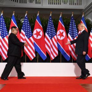 Ninguém sabe até onde irá a amizade entre EUA e Coreia do Norte, ou até que ponto chegará o projeto de desnuclearização. De qualquer forma, a eventual troca do programa nuclear pelas vantagens do fim do isolamento econômico só será possível em virtude do próprio sucesso do programa nuclear norte-coreano.