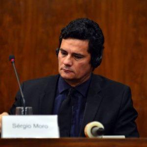 Ministro da Justiça Sérgio Moro: Um juiz fora da lei.