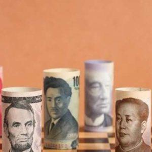 """CESAR BENJAMIN: A """"guerra cambial"""" entre Estados Unidos e China"""