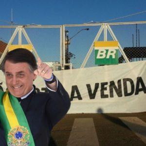 LUIZ CARLOS BRESSER-PEREIRA: O país dos tolos. Provatizações das estatais brasileiras pelo governo bolsonaro