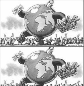Imagem antiga de um homem no formato do planeta terra segurando dinheiro e compras. Uma multidão de despossuídos por baixo.