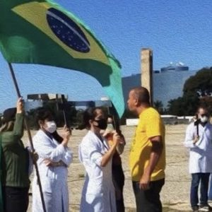 A dondoca estúpida de Brasília e a vitriolagem contra o Brasil. Manifestações a favor de Bolsonaro