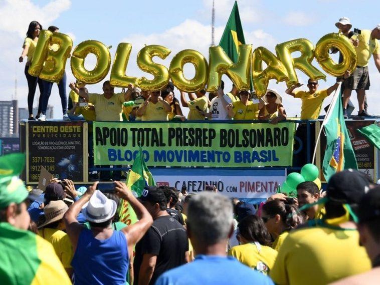 Bolsonarismo acuado perde mais apoio e se desespera