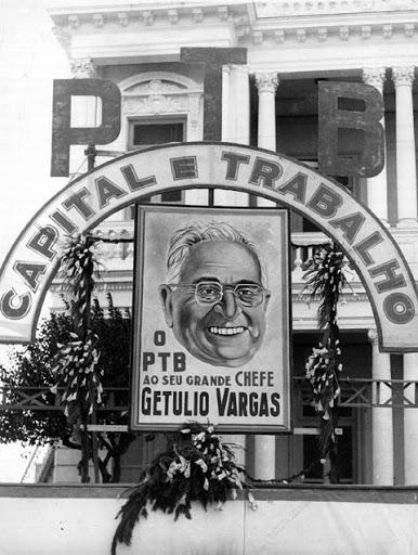 Por uma Sociologia Trabalhista Alberto Pasqualini e Guerreiro Ramos