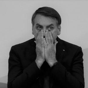 """Aliás, a pesquisa CNI-Ibope traz também uma contradição. Mostra a reprovação geral do governo, mas destaca o suposto aumento da popularidade de Bolsonaro. Aponta esse, repito, SUPOSTO aumento agora em relação a 2019, mas, numa de suas partes, na seção 2, sob título """"Aprovação do governo por área de atuação"""", mostra uma reprovação geral. Ou seja, o título dessa parte da pesquisa deveria ser """"Reprovação do governo por área de atuação""""."""