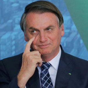 GILBERTO MARINGONI: Bolsonaro se lambuza, mas sem oposição ele não recua