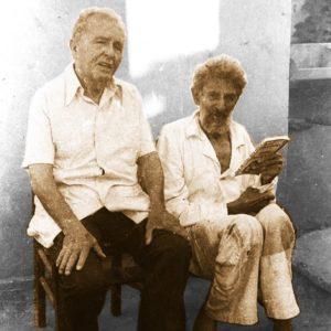 Na foto, o capitão Luís Carlos Prestes reencontra Alberto de Souza (1908-92), soldado da Coluna, em Bauru, durante a campanha das Diretas, em março de 1984. A imagem é de Pedro Romualdo