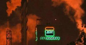 Quem destruiu a Petrobras